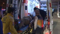 NECMETTİN ERBAKAN - Baba Oğul Yol Kavgasında Silahla Vuruldu