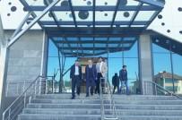 TIRMANMA DUVARI - Erenler'de Yaşam Merkezi Açılışa Hazırlanıyor