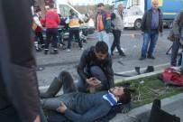 Trafik Kazasında Can Pazarı Açıklaması 8 Yaralı
