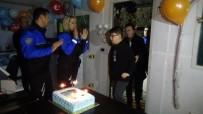 13 Yaşındaki Utku'ya Ceza Bahanesiyle Polis Noktasında Sürpriz Doğum Günü