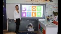 25 Öğretmene STEM Eğitimi Veriliyor