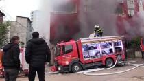 Adana'da Plastik Deposunda Yangın