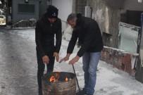 Ardahan'da İnşaat İşçilerinin Soğukla Mücadelesi