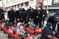Gümüşhane'de 'Öncelik Yayanın, Öncelik Hayatın' Etkinliğinde Minikler Akülü Arabalara Bindi