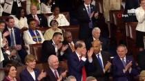 EKONOMİK BÜYÜME - Nancy Pelosi'nin Trump'ı Garip Alkışlamasına Twitter'da Yorum Yağdı