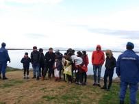 (Özel) Ege Denizi'nde 10'U Çocuk 19 Göçmen Facia Yaşanmadan Kurtarıldı