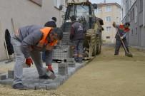 ESENTEPE - Tepebaşı'nda Yenileme Ve İyileştirme Çalışmaları Sürüyor