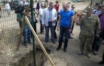 UKRAYNA - Ukrayna-Rusya Sınırında Örülen Güvenlik Duvarının Yüzde 30'U Tamamlandı