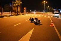 Antalya'da Trafik Kazası Açıklaması 2 Yaralı