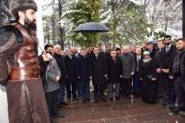 MURAT ÖZTÜRK - Bakan Dönmez, Alp Kıyafetli Askerlerin Nöbet Değişimi İzledi