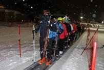 5 YILDIZLI OTEL - Erzurum Protokolü Palandöken'de Gece Kayağı Yaptı