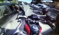 Motosiklet Aniden Açılan Kapıya Çarptı