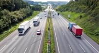 SÜRÜCÜ BELGESİ - Yurt Dışında Trafik Cezaları Cep Yakıyor