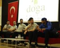 VOLEYBOL TAKIMI - Büyükşehir'in Efeleri Öğrencilerle Buluştu