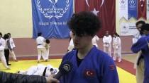 Futbolla Başladığı Sporda Judoda Madalyalara Uzandı