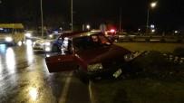 MOBESE - Havaya Ateş Eden Magandalar Polisten Kaçarken Kaza Yaptı
