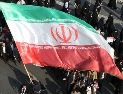 İran'da sosyal medyaya erişim engeli tartışması büyüyor