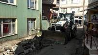 KALDIRIM ÇALIŞMASI - Mustanağa Sokak'ta Yeni Kaldırım