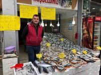 BALIK FİYATLARI - Tezgâhta balık çok ama alan yok