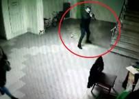 BAĞDAT - Eski Çalışanın İş Yeri Sahibini Vurma Anı Güvenlik Kamerasında