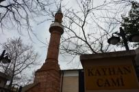 İSLAM ESERLERİ - Tarihi Camiden 9 Yıl Önce Çalınan Hat Beyoğlu'ndaki Antikacıya Satılmaya Getirilince Vakıflar Müzesine Döndü