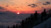 Artvin Camili'den Bulut Denizinde Eşsiz Gün Batımı Manzarası