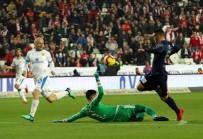 KORAY GENÇERLER - Spor Toto Süper Lig Açıklaması Antalyaspor Açıklaması 2 - MKE Ankaragücü Açıklaması 3 (İlk Yarı)