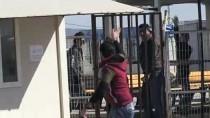 ÖNCÜPINAR - Suriyelilerin Ülkelerine Dönüşü Sürüyor