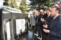 NEVZAT DOĞAN - Üsküdar Vapuru Faciası'nda Hayatını Kaybedenler İzmit'te Anıldı