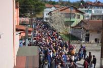 Çaylı'dan Miting Havasında Mahalle Gezisi