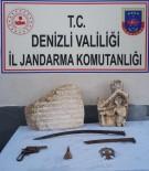 BRONZ HEYKEL - Denizli'de Jandarma 11 Parça Tarihi Eser Ele Geçirdi