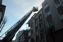 Güngören'de Çatı Yangını Korkuttu