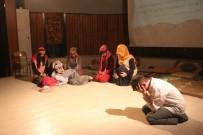 Ağrı'da Lise Öğrencilerinden Tiyatro Gösterisi