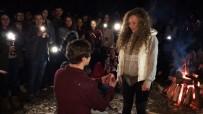 Kamp Ateşinde Sürpriz Evlilik Teklifi