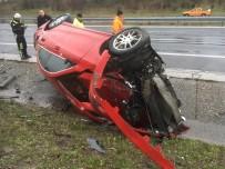 Lüks Araç Kazada Hurdaya Döndü