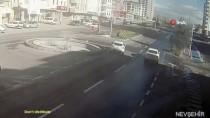 Nevşehir'de Dikkatsiz Sürücünün Kazası Kameralara Yansıdı