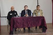 Palu'da, Muhtar Adaylarıyla Seçim Güvenliği Toplantısı