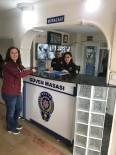 Polis Hem Sokakta Hem De Masa Başında Güven Veriyor