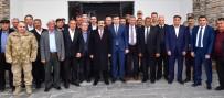 MUSTAFA BAŞOĞLU - Vali Güzeloğlu, Hazro'da Kanaat Önderleri İle Buluştu