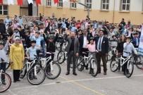 NEVZAT DOĞAN - Bisiklet Dağıtımları Devam Ediyor
