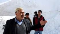 Bitlis'te Zorlu Karla Mücadele Çalışması