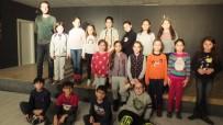 AHMET AKıN - Burhaniye'de Drama Kursları Yoğun İlgi Gördü