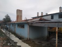 Daday'da Eski Devlet Hastanesinin Yıkımına Başlandı