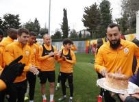 FLORYA - Galatasaray'da Bursaspor Mesaisi Başladı