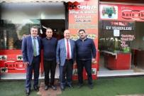 MESUT ÖZAKCAN - Başkan Özakcan ESKO İş Hanı Esnafını Ziyaret Etti