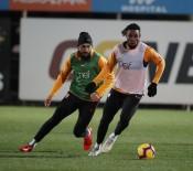 FLORYA - Galatasaray, Bursaspor Maçı Hazırlıklarını Sürdürdü