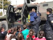 Miniklerden Özel Harekat Ve Çevik Kuvvet Şube Müdürlüğü'ne Ziyaret