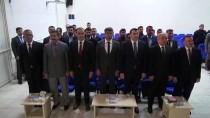 Siverek'te Hükümlüler 'Karakeçi Kilimi' Dokuyor