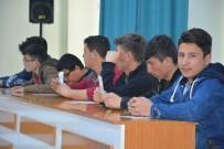 Uşak'ta 'Hayalinizdeki Üniversite Meslek Seçimi Ve Farkındalık' Konferansı