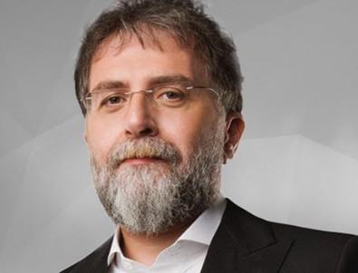 Ahmet Hakan, İsmail Küçükkaya'yı ti'ye aldı